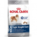 Royal Canin (Роял Канин) Maxi Light Weight Care + Кольцо резиновое 15 см Trixie 3321